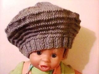 beau modèle tricot bonnet femme gratuit