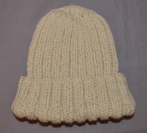 Photographie modèle tricot bonnet facile jpg 469x425 Bonnet bebe tricot  facile b966bb1e029