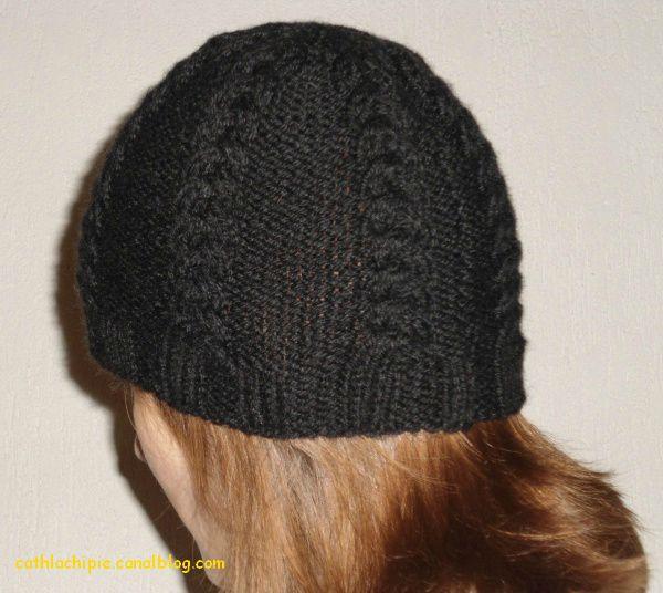 présentation modèle tricot bonnet femme