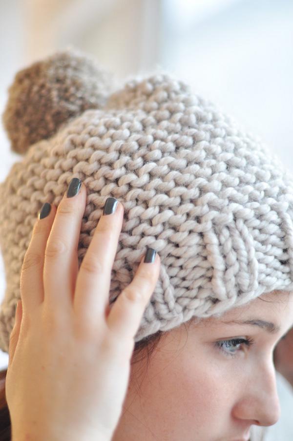 mod le tricot bonnet grosse laine. Black Bedroom Furniture Sets. Home Design Ideas