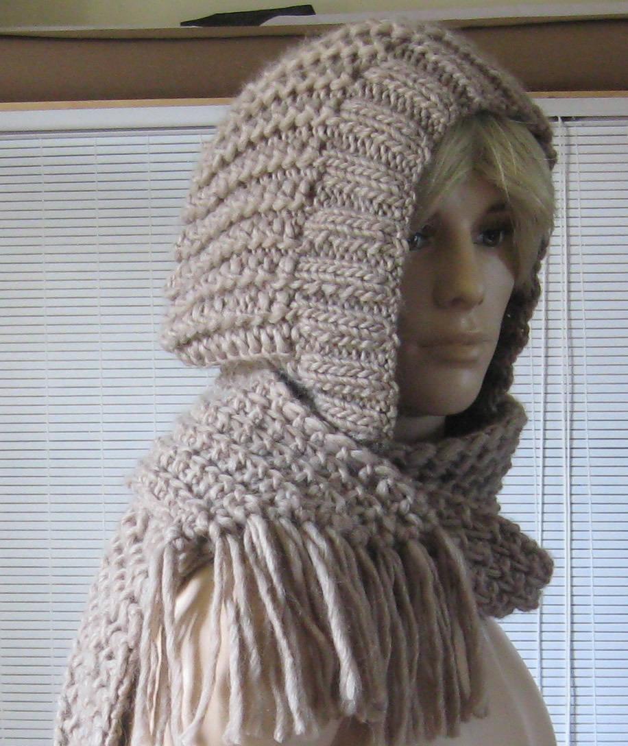 tricoter un snood capuche femme
