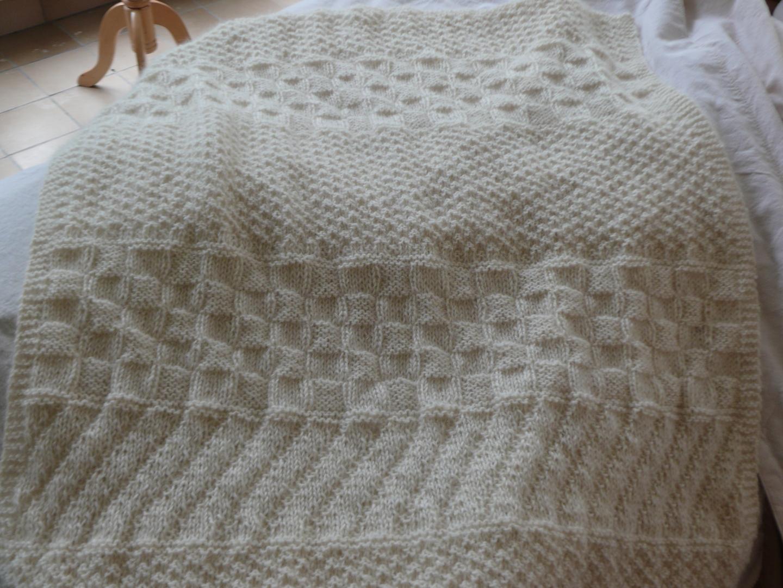 couverture pour bebe a tricoter