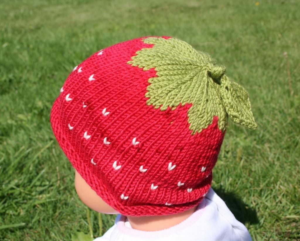 001fa4343da patron tricot tuque fraise