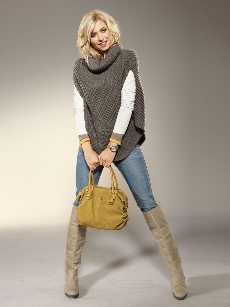modèle tricot robe naissance