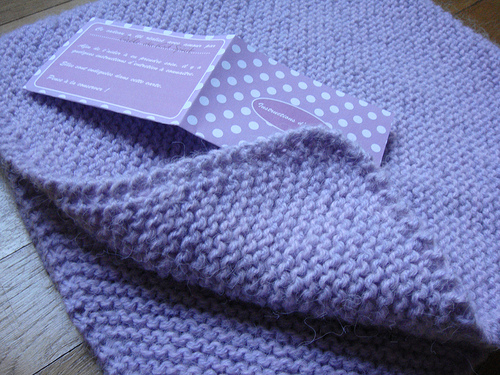 modele couverture tricot pour bebe gratuit. Black Bedroom Furniture Sets. Home Design Ideas
