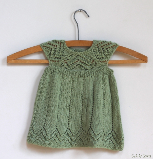 modele tricot bebe gratuit robe