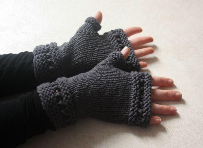 Mod le tricot mitaine femme - Modele mitaine tricot facile ...