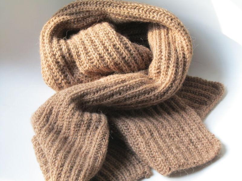 Modele tricot echarpe laine - Tricoter une echarpe en laine ...