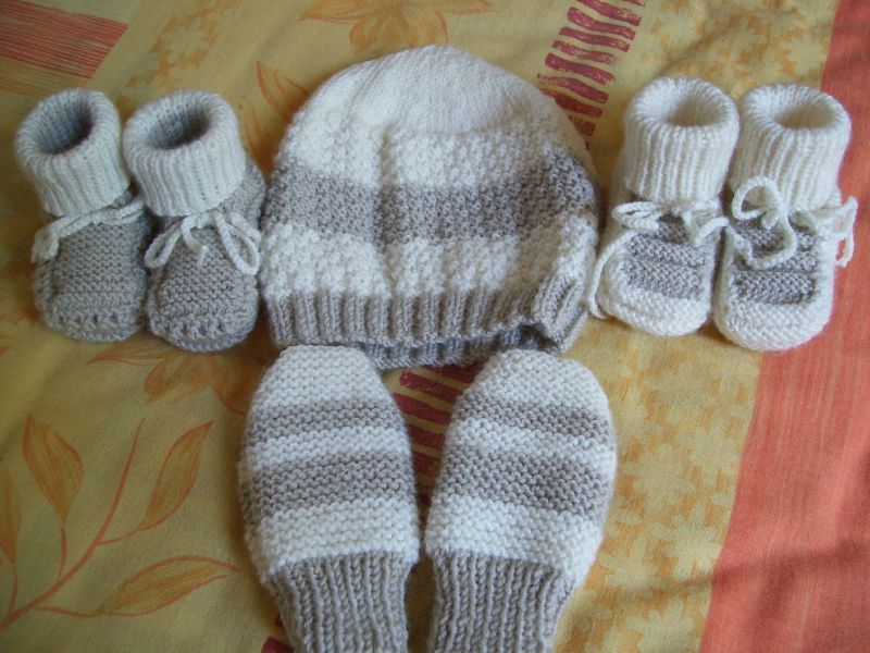 modèle tricot chaussette bébé gratuit