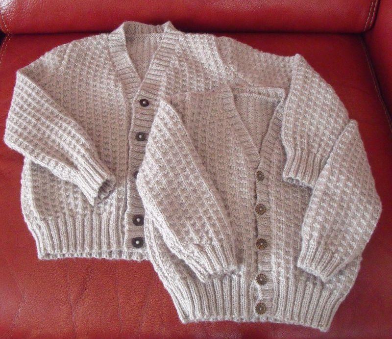 Patron tricot gilet fille 2 ans - Cote 2 2 tricot ...