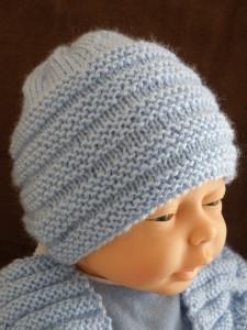 création modèle tricot beret bébé gratuit ... 038474e9014