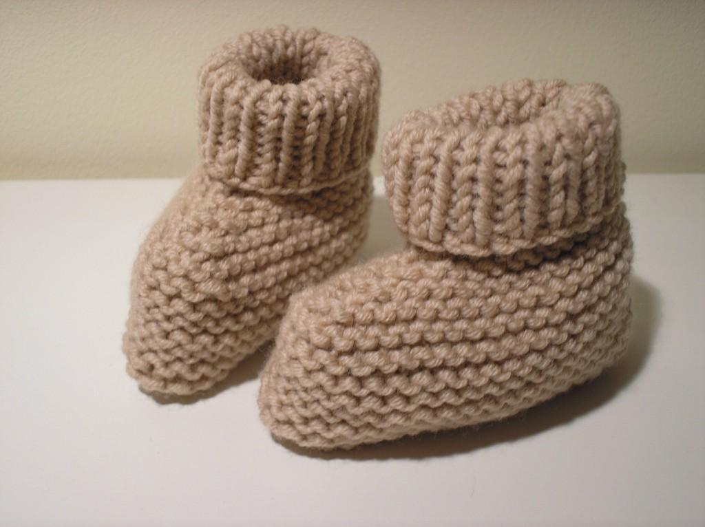 modèle tricot bottons bébé