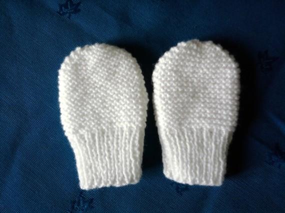 3a9371040abd Exemple modèle tricot gant bébé