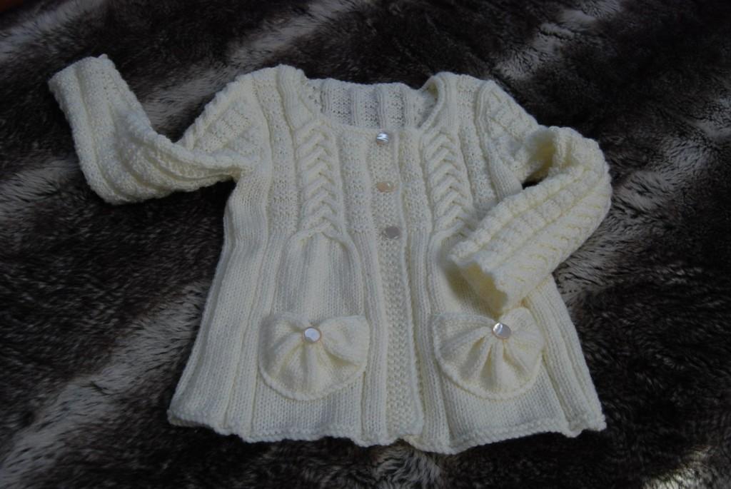 patron tricot gilet fille 2 ans