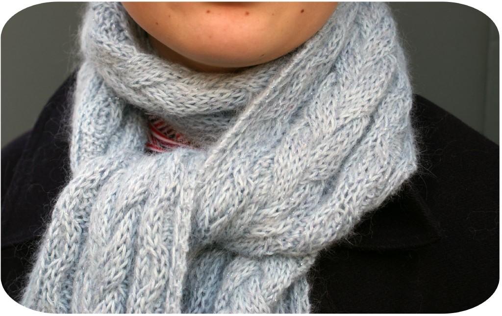 modèle tricot echarpe a torsade