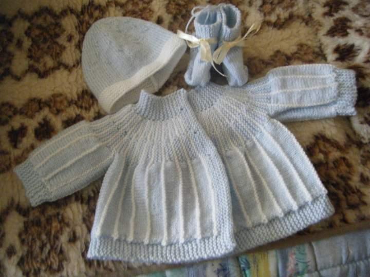 Modèle brassière cache coeur 104 14 Gilet enfant gratuit à tricoter Mad