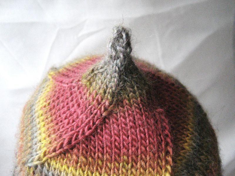 affichage patron tricot bonnet lutin bouton source 404f5867ba0