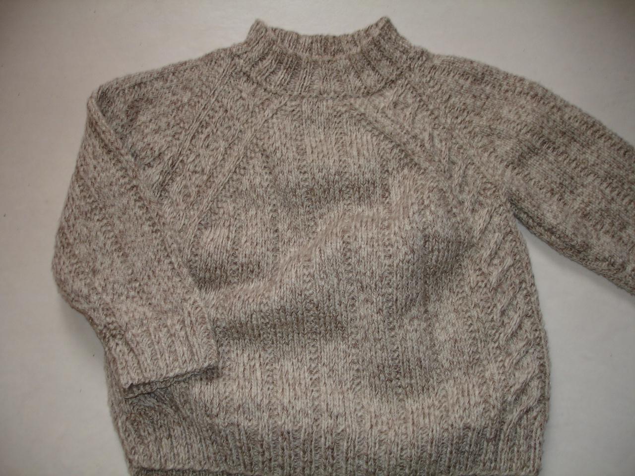 modèle tricot pull petite fille
