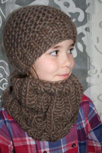 modèle tricot col bonnet