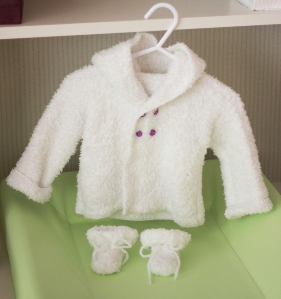 Modele tricot ensemble bebe gratuit - Modele tricot aiguille circulaire ...