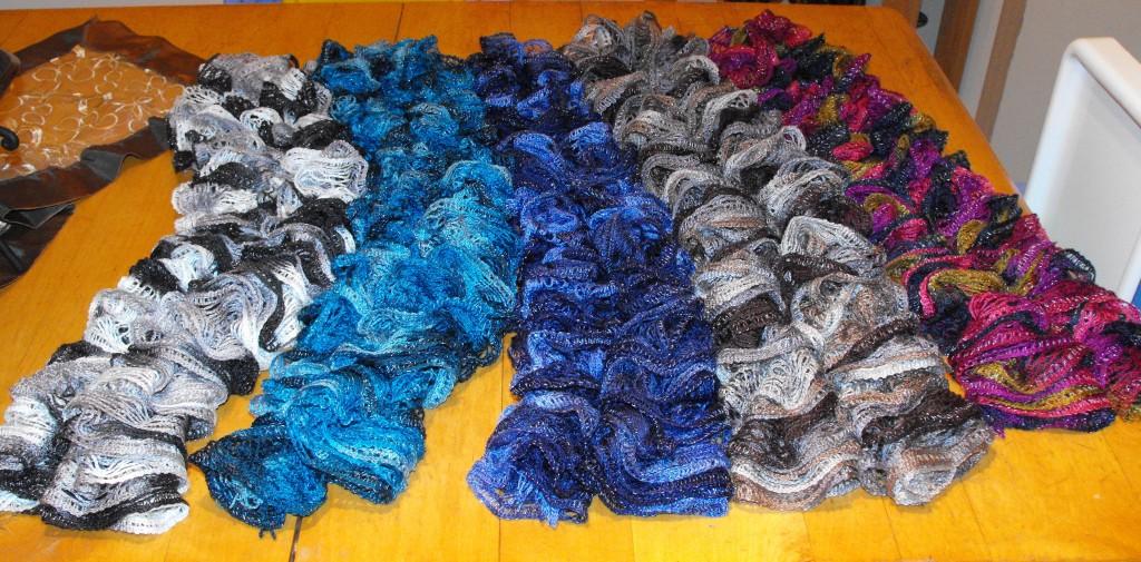 fdd73b68be1e gratuit patron tricot foulard broche