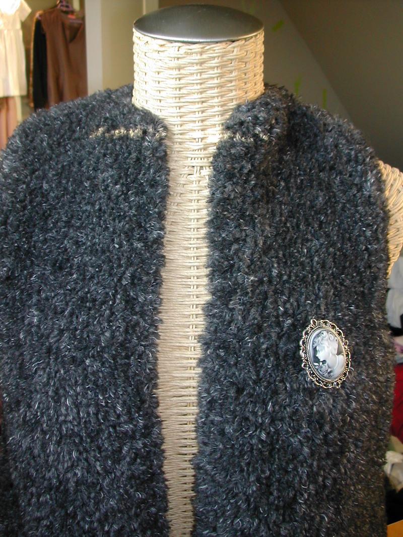 tricot gilet sans manche femme