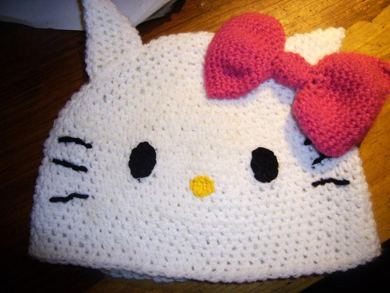 tricoter une echarpe hello kitty