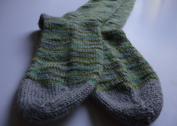 modèle tricot grosses chaussettes