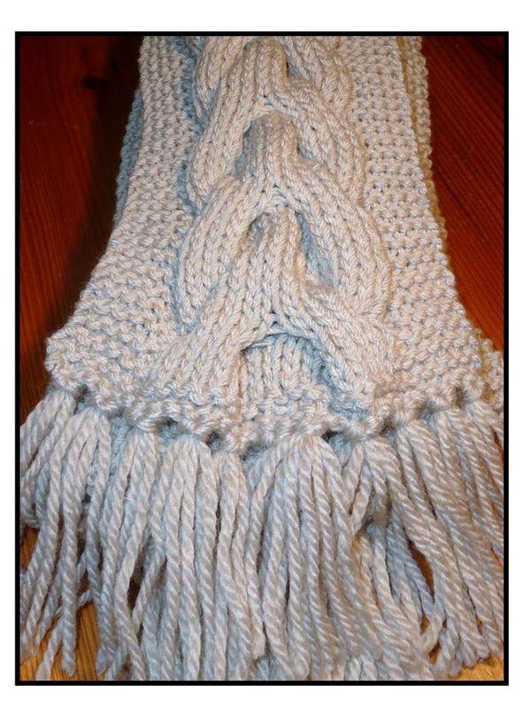 tricoter une echarpe torsadee