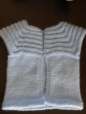 Explication patron tricot gilet sans manche 18 mois - Tricot sans aiguille ...