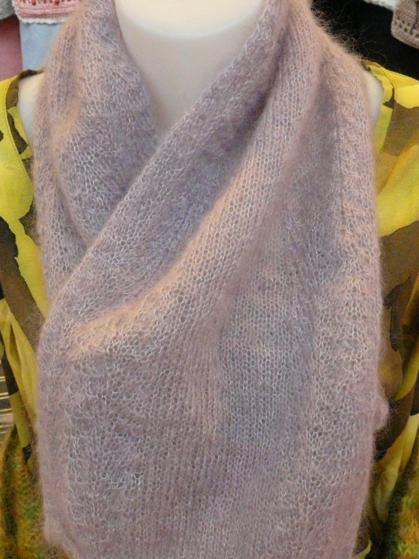 d01fde6f3ba modèle tricot echarpe en mohair