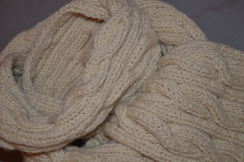 Bandeau tricoté avec torsade 5d76d3f58cc6
