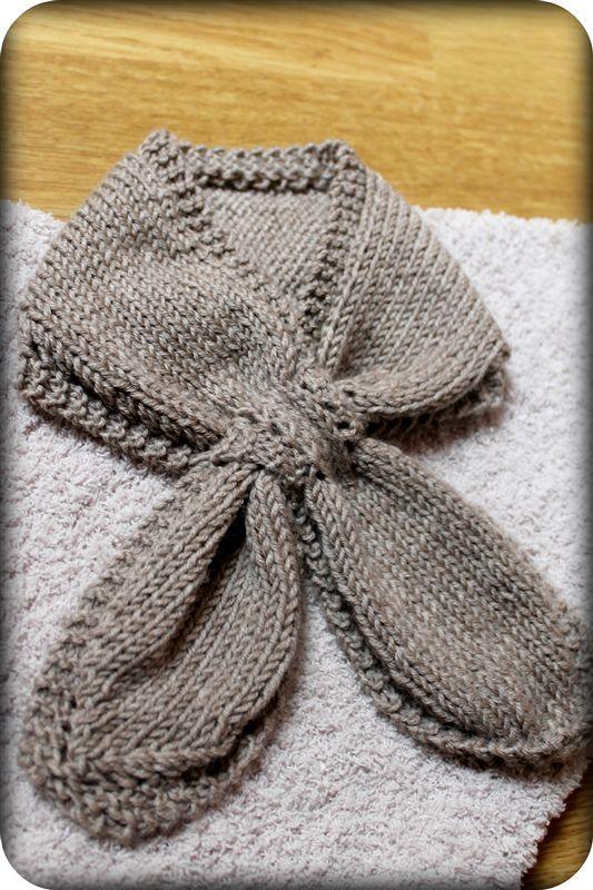 beau mod le echarpe en tricot pour b b. Black Bedroom Furniture Sets. Home Design Ideas