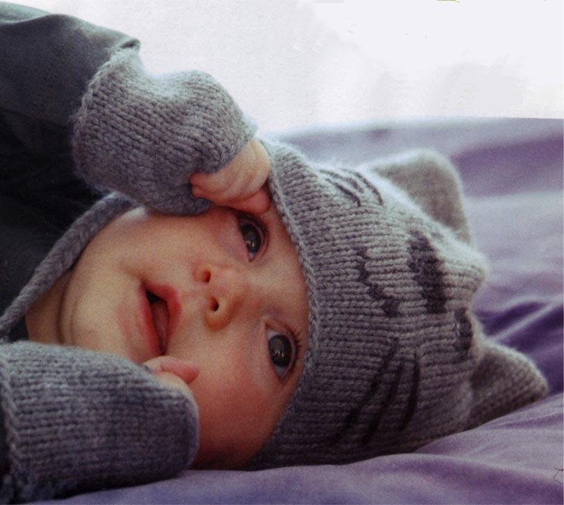 modèle tricot bonnet cache oreille
