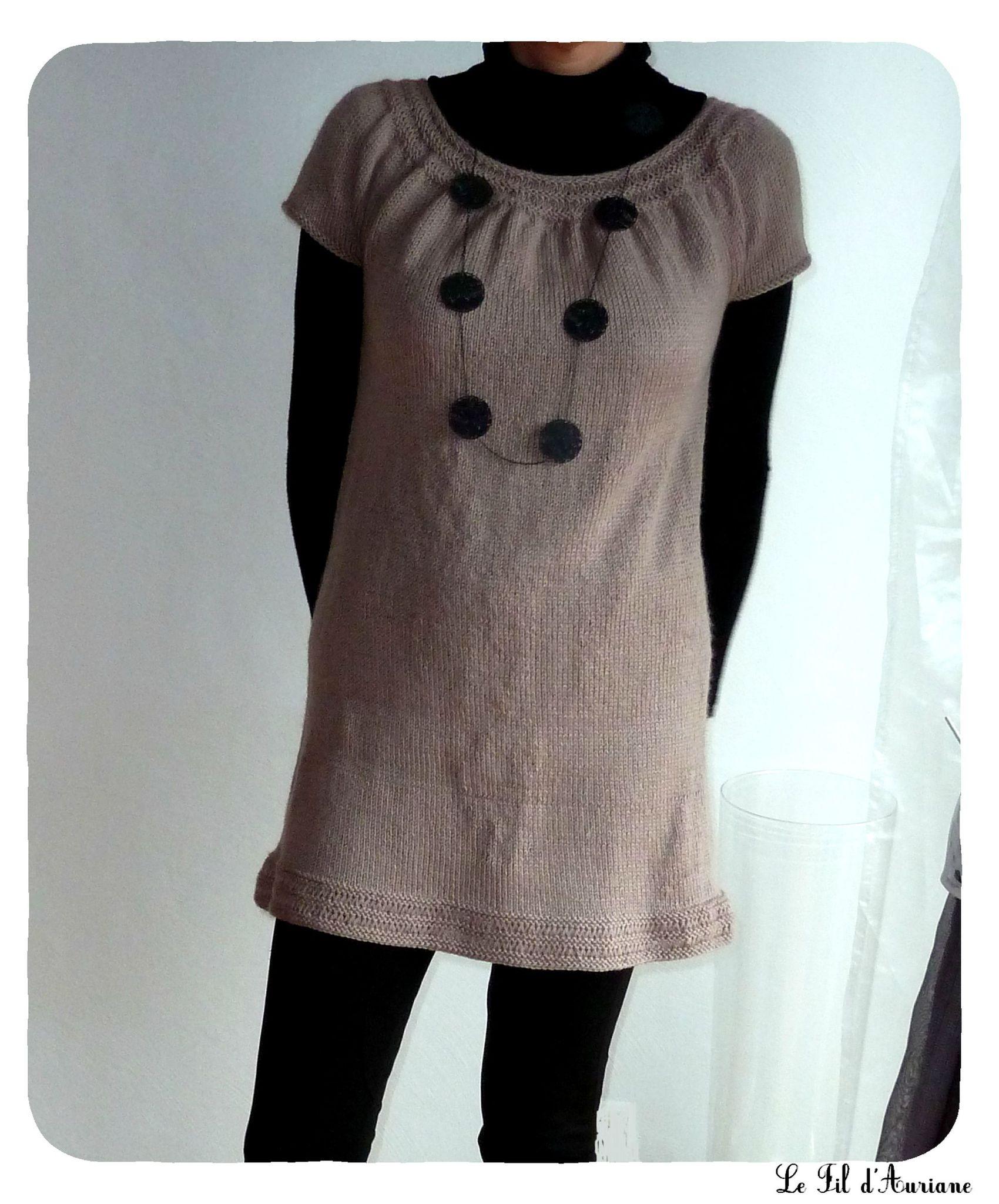 d901eade7a1c création modèle tricot robe tunique fillette bouton source