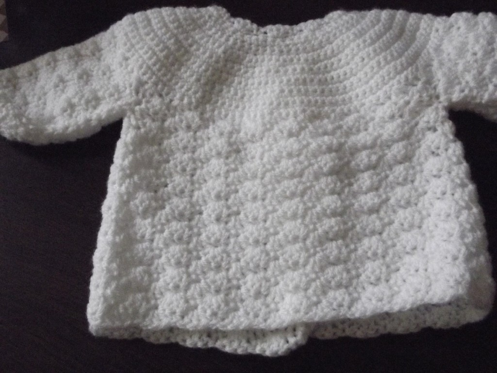 explication mod le tricot b b au crochet. Black Bedroom Furniture Sets. Home Design Ideas