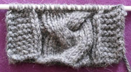 modele tricot echarpe avec torsade