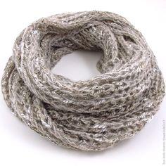 Grand snood infinity Vanille Fraise au tricot : Echarpe, foulard, cravate par