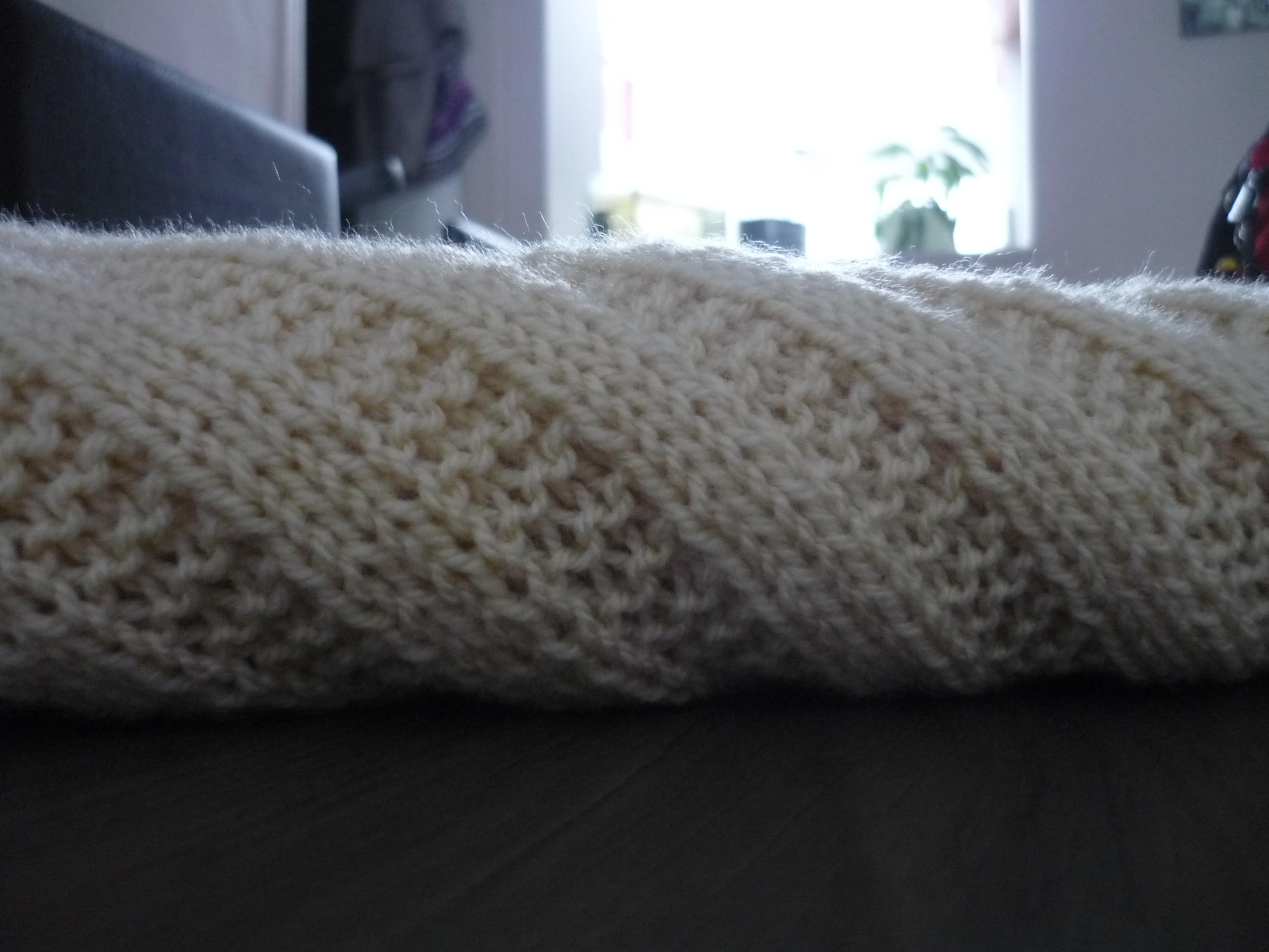 7175b953399 modèle couverture bébé tricot debutant