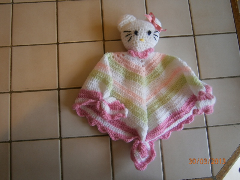 Id e mod le tricot hello kitty doudou - Modele hello kitty ...