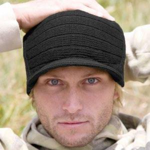 modèle tricot bonnet casquette homme