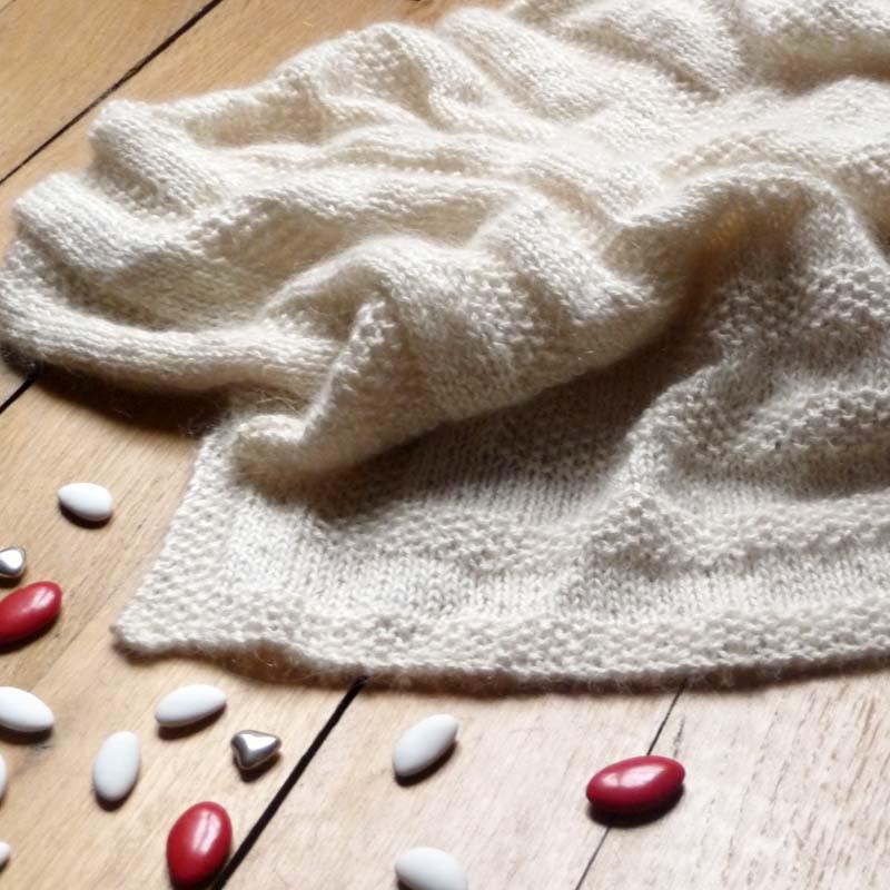modèle chale bapteme tricot