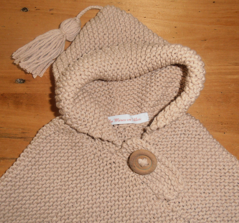 modèle tricot bébé poncho