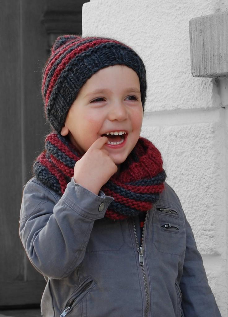 c75e7606866 aide modèle tricot bonnet echarpe fille