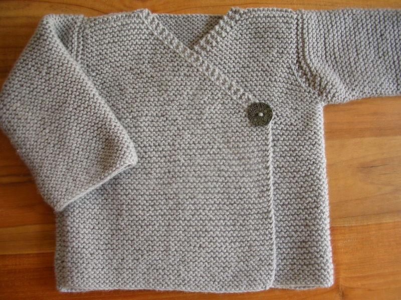 Modele tricot gilet cache coeur 8 ans - Broderie sur tricot point mousse ...