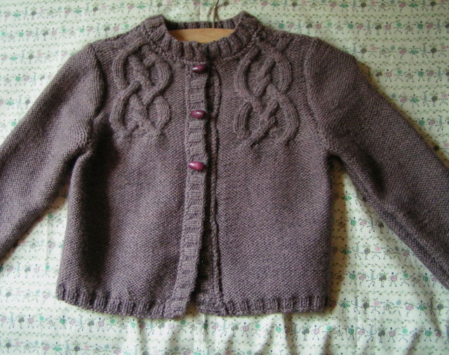 modele tricot gilet fille 4 ans
