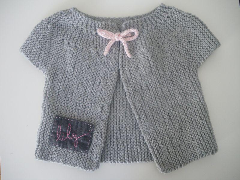 a temps partiel  Créations en couture, bijoux, tricot, crochet, peinture...