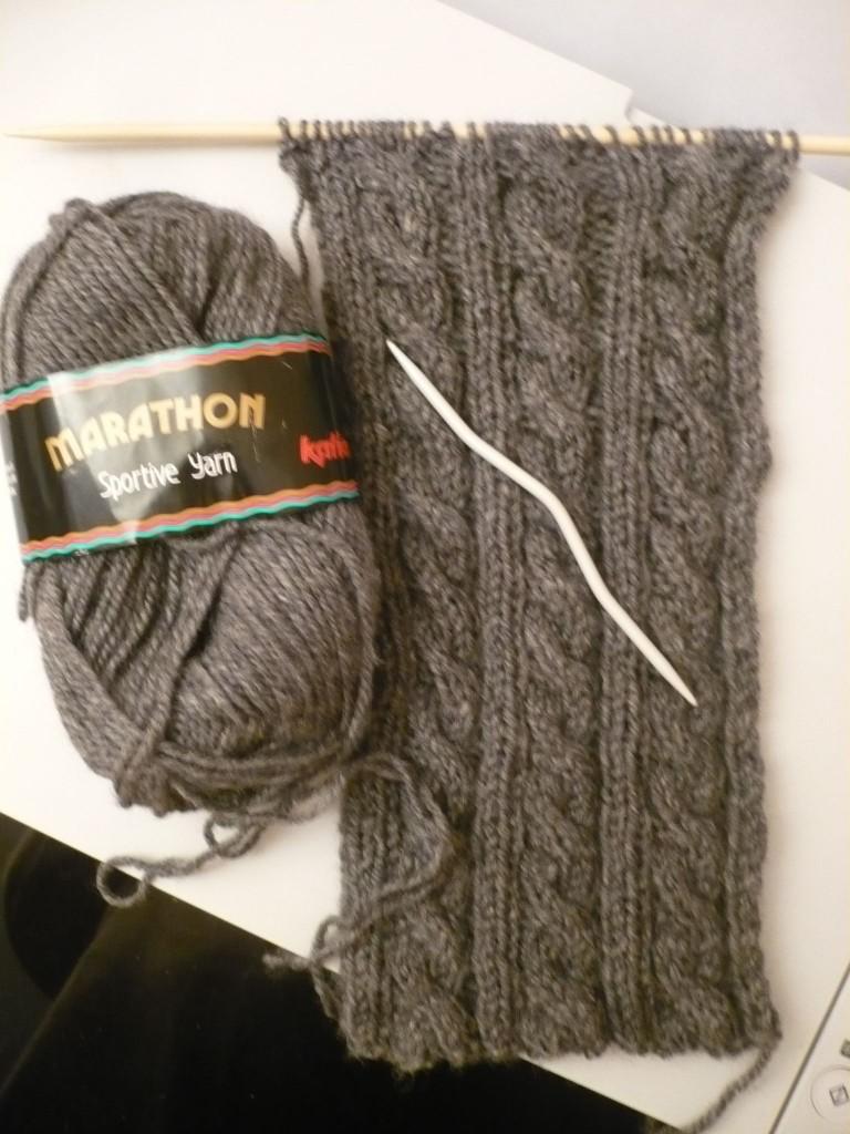explication modèle tricot echarpe homme torsade 2a2cc0250d5