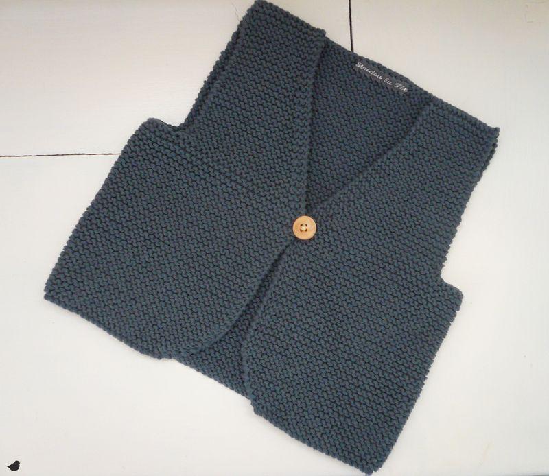 tricot gilet sans manche enfant