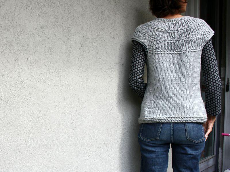 gratuit mod le tricot pull sans manche femme. Black Bedroom Furniture Sets. Home Design Ideas
